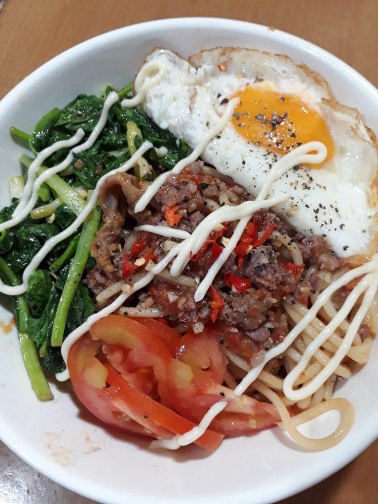 Sự khác biệt của món mỳ ý trứng ốp la là gì?